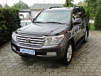 Toyota Land Cruiser 200 V8 LUX+